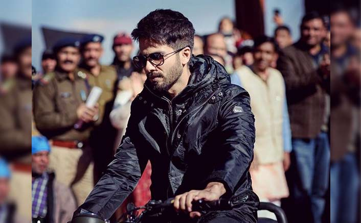 PHOTO: Shahid Kapoor Back To Being A Chocolate Boy In Batti Gul Meter Chalu?