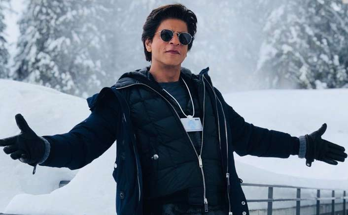 SRK goes underwater to thank 33 million fans