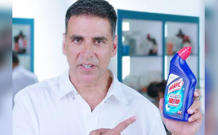 Akshay collaborates with Harpic for 'Har Ghar Swachh' mission