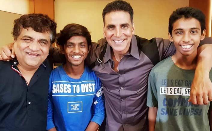 Marathi Film backed by Akshay Kumar starring musician Swanand Kirkire heads to Melbourne!