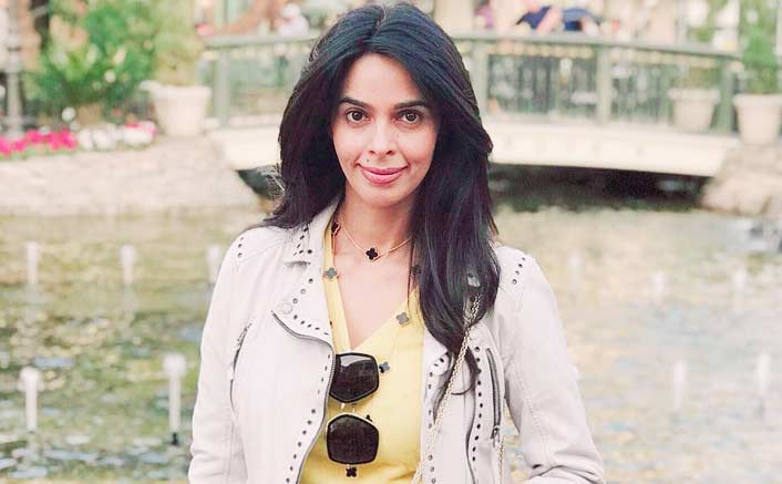Women must live with pride, not worry: Mallika Sherawat
