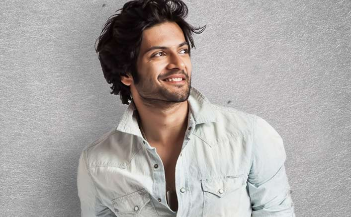 Ali Fazal overwhelmed to meet fans in foreign land