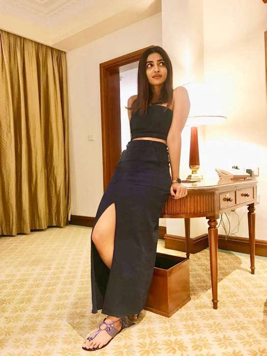 Radhika Apte looks drop dead gorgeous while promoting her upcoming web-series