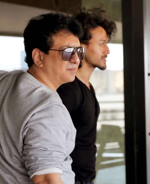 Tiger Shroff thanks mentor Sajid Nadiadwala at a recent awards function!