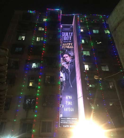 Fans celebrate Pongal with Gully Boy in Dharavi!