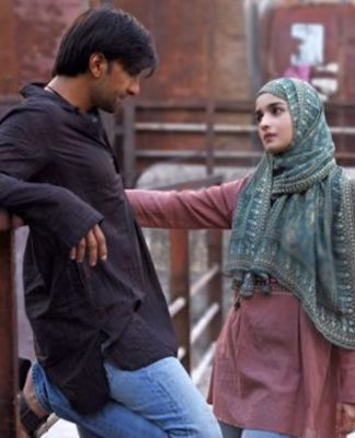 Gully Boy Movie Review Quicker: Ranveer Singh, Alia Bhatt Jaisa Koi Hard'ich Nahi Hai!