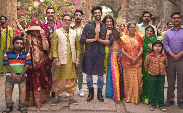 Box Office - Luka Chuppi has a good Saturday, is yet another success this winning season