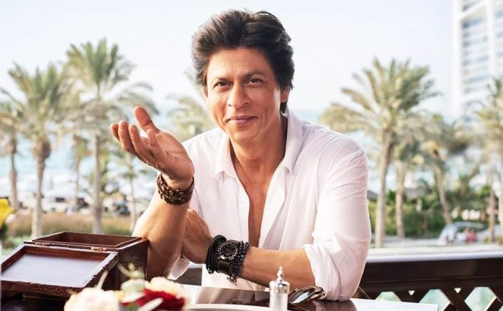 Shah Rukh explores Dubai's City Walk
