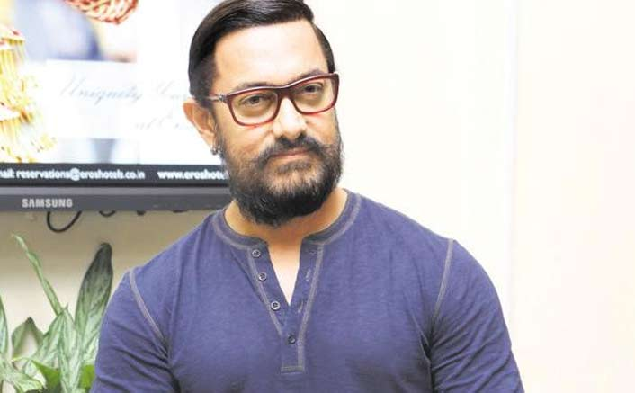 Aamir thanks Madhuri for working in 'Toofan Aalaya'