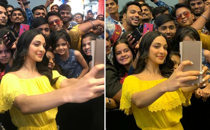 Kiara Advani Gets A Warm Welcome By Her Fans In Nashik