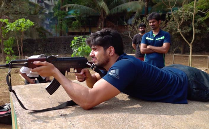 Sidharth Malhotra learns to use military weapons for Vikram Batra biopic