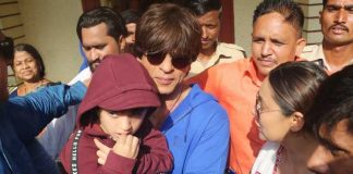 SRK shows AbRam difference between boating, voting