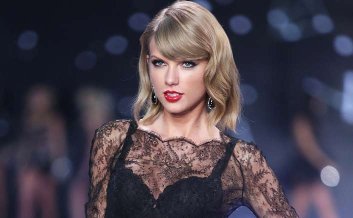Taylor Swift 'protected' by songwriting