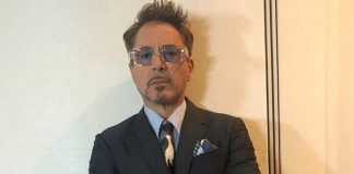 VIRAL VIDEO: Robert Downey Jr AKA Iron Man Drives Fans INSANE As He Re-Enacts 'I Love You 3000' On-Stage!