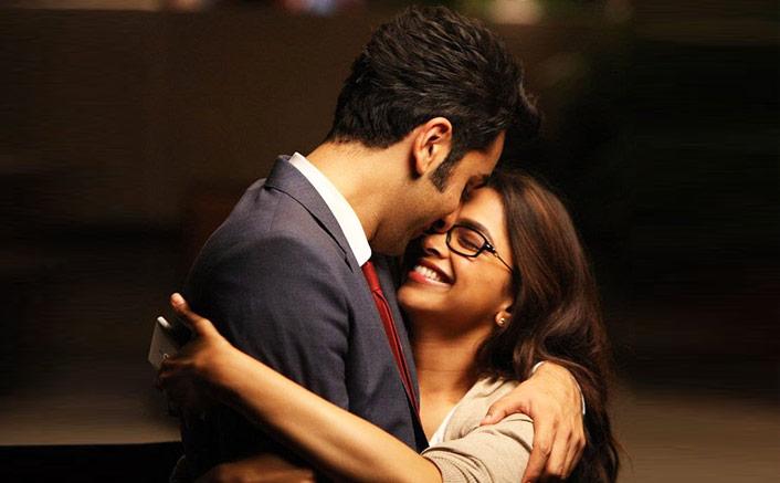 6 Years Of Yeh Jawani Hai Deewani: Deepika Padukone's Naina & Ranbir Kapoor's Bunny Reunite In A Vanity Van