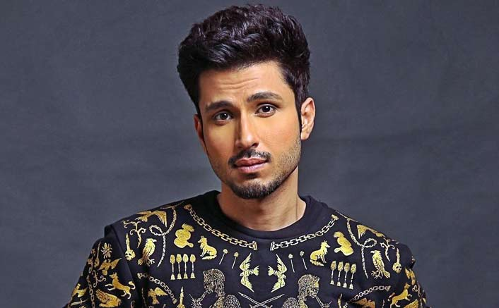 Trying to make the best choices: Actor Amol Parashar