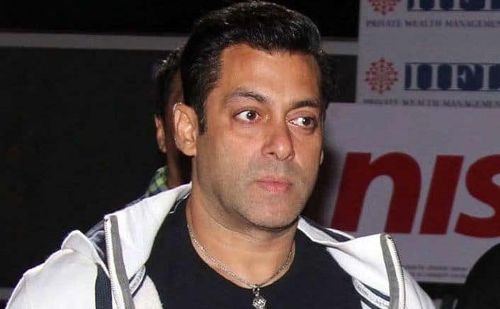 Journalist files criminal complaint against Salman for assault