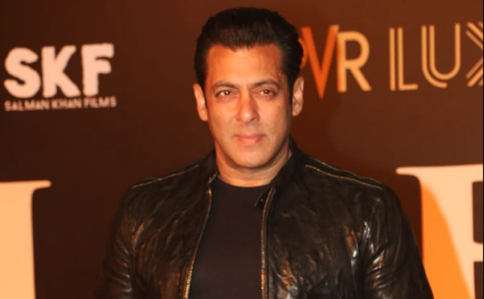 Salman Khan slaps security guard, cleaves netizens