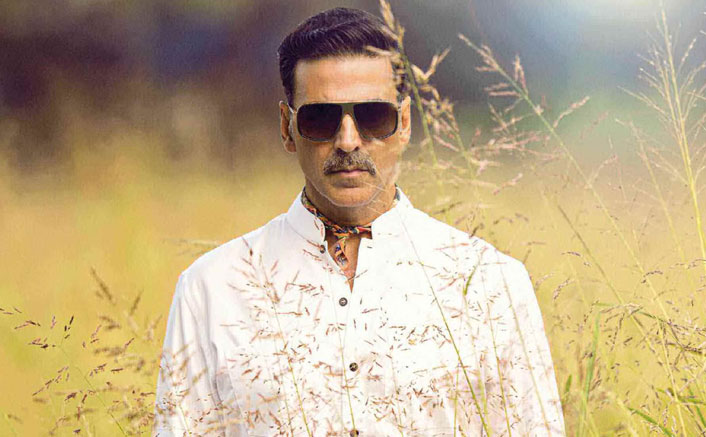 Akshay Kumar Calls Other Actors 'Idiots' Who Take 2 Or 3 Months & Lock Themselves To Get Into A Character