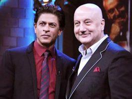 Shah Rukh Khan Took A Break From Bollywood & Anupam Kher Appreciates The Act!