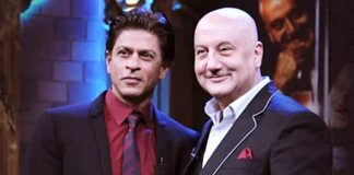 Shah Rukh Khan Took A Break From Bollywood & Anupam Kher Appreciates The Act!