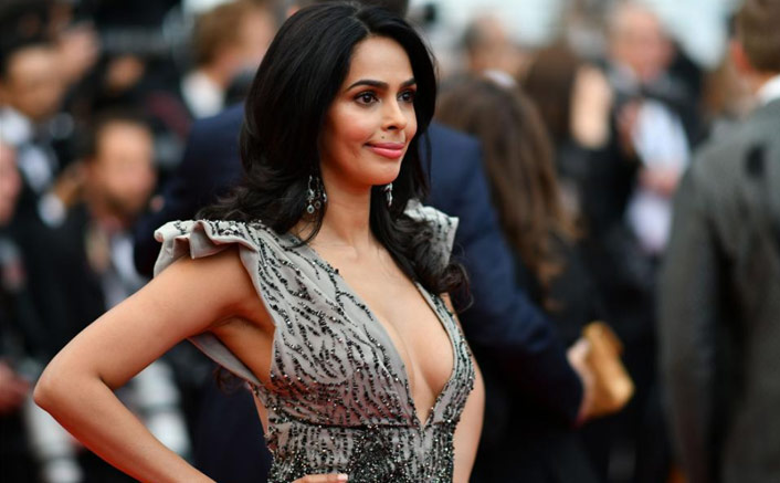 Mallika Sherawat Reveals How A 'Novice' Producer Wanted To Fry Eggs On Her Belly