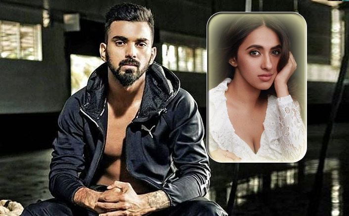 Cricketer KL Rahul REVEALS His Relationship Status With Akansha Ranjan
