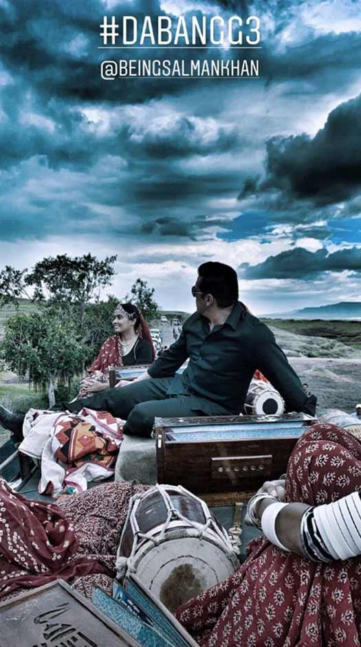 Dabangg 3: Salman Khan's BTS Pic Shared By Sonakshi Sinha Makes Our Wait Tougher!
