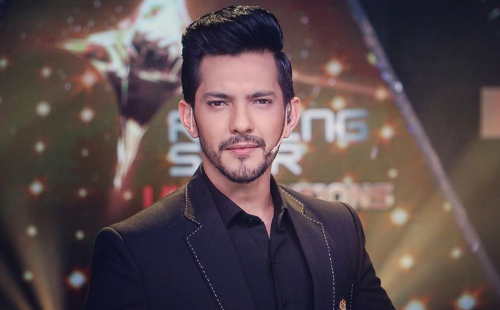 Not ok with contract system of music labels: Aditya Narayan