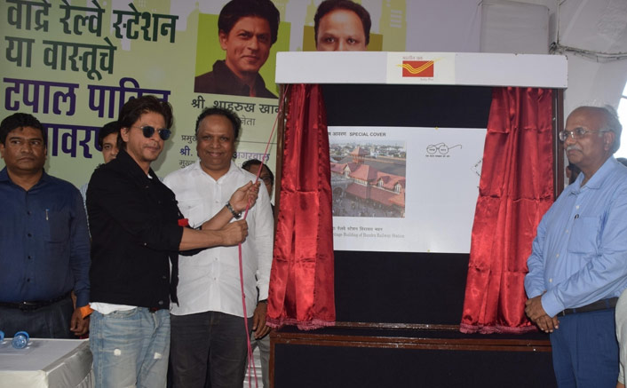 """Shah Rukh Khan At His Funny Best: """"I Haven't Romanced With Any Girl On Bandra Station"""""""