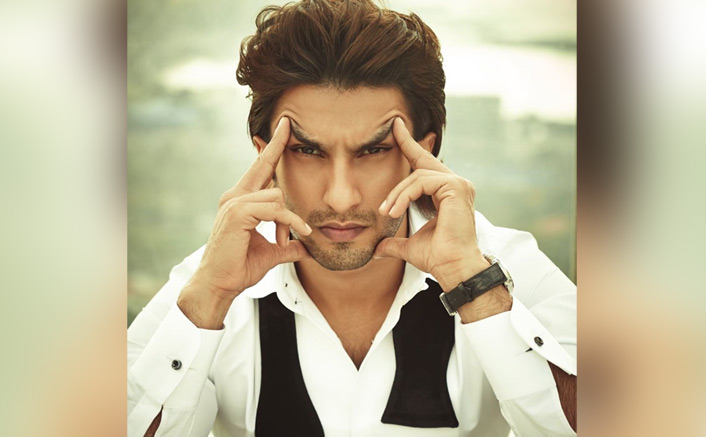 Sad News For Ranveer Singh Fans As 'An Evening With Ranveer' Gets Postponed In UK!