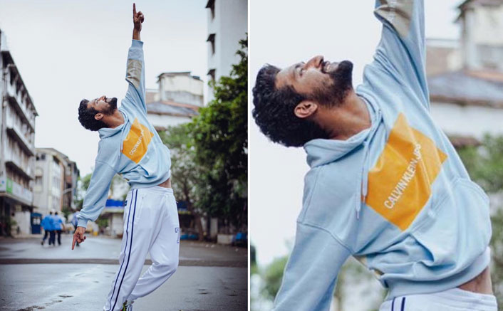 Vicky Kaushal Gets Into Shah Rukh Khan Mode In His Latest Post; Check It Out