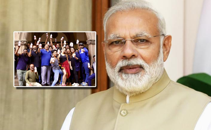 Coolie No.1: PM Narendra Modi Is All Praises For Varun Dhawan, Sara Ali Khan & Team For Using Plastic Free Bottles