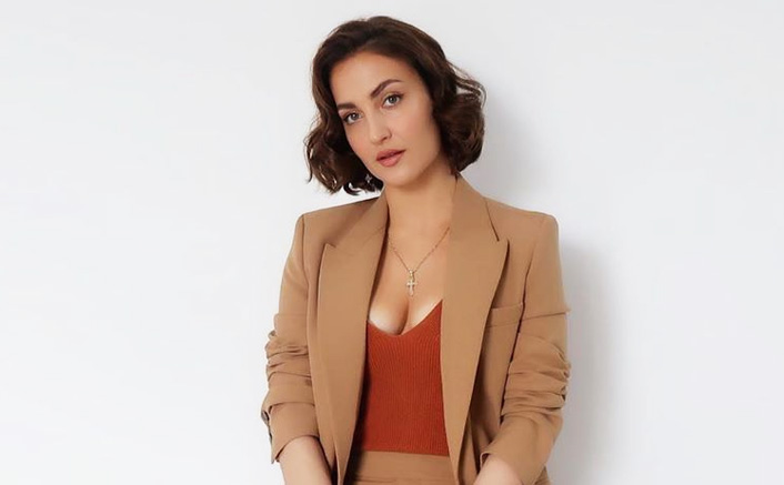 Elli AvrRam's SHOCKING Revelation; Actress Says 2 Directors Wanted To Sleep With Her