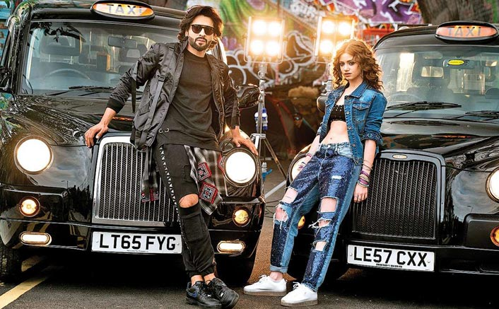 Jackky Bhagnani teams up with Dytto for festive song