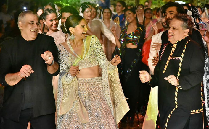 VIRAL VIDEO: Deepika Padukone Dancing To 'Disco Deewane' On Ramp Is Pure BLISS!