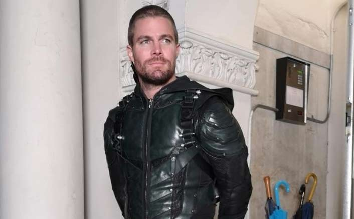 Here's Why 'Arrow' Star Stephen Amell Can't Vote In The US Despite Having Land In The Country & Paying Tax