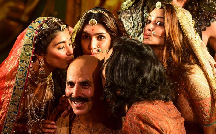 Housefull 4 First Reviews Call The Film A Laughter Riot