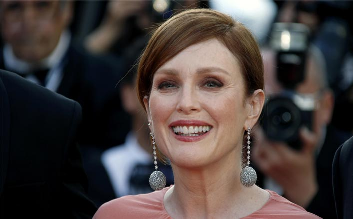 Julianne Moore Has Stopped Shopping To Help To Save The Planet