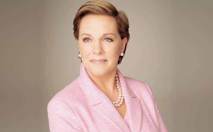 Julie Andrews Denies The Public Opinion That Hollywood Is All About Glamour & Red Carpets