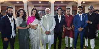 From Kangana Ranaut To Shah Rukh Khan - Celebs React To PM Narendra Modi's Meet!