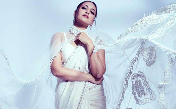 Sonakshi Sinha's White Cape Saree Is Your Go-To For A Subtle Diwali This Year