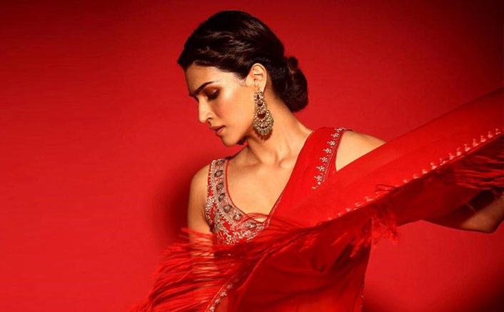 Steal This Saree From Kriti Sanon's Wardrobe For A Wedding Cocktail Or A Diwali Party