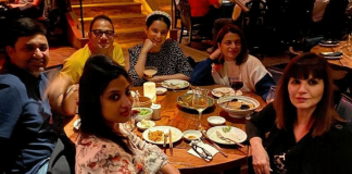 Thalaivi Star Kangana Ranaut Bonds With Her Team Over A Lavish Dinner In LA