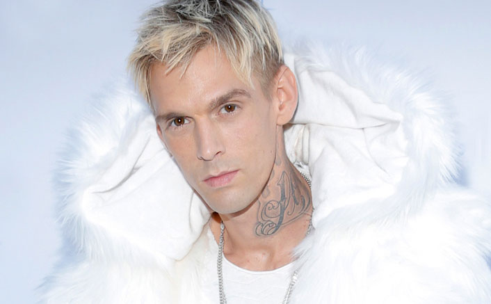 Aaron Carter discharged from hospital, looks fragile