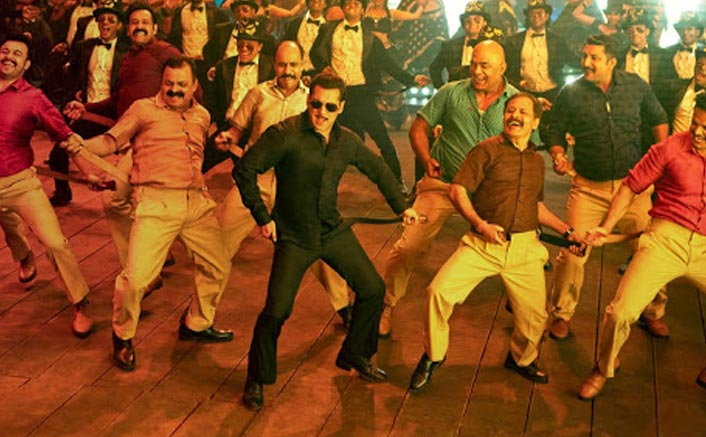 *Chulbul Pandey aka Salman Khan and Prabhu Deva to launch Munna Badnaam in the grandest and most badass event of the year*