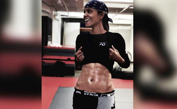Halle Berry 'finally' achieves six-pack abs