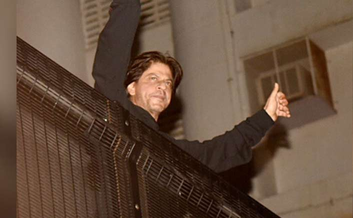Happy Birthday Shah Rukh Khan: A Time When King Khan Had Stolen An Expensive Car Tyre