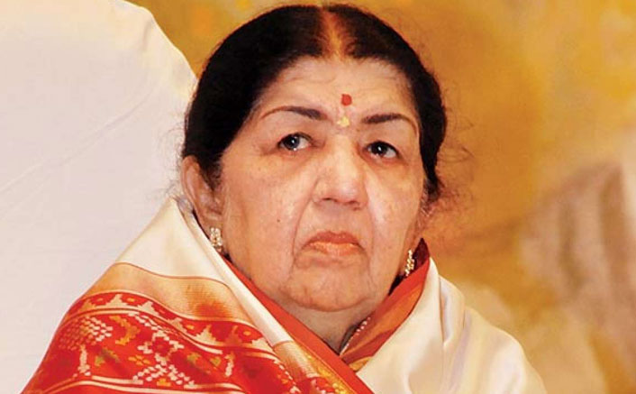 Lata Mangeshkar Back Home From Breach Candy Hospital Where She Was Admitted For Breathing Issues