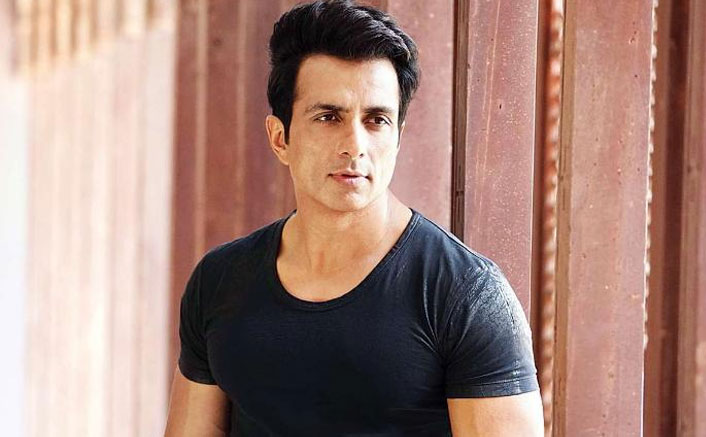 Sonu Sood lends support to Indian Badminton team